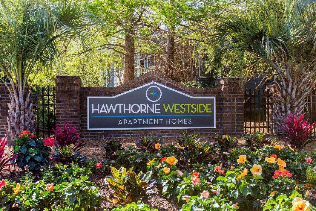 Welcome Home to Hawthorne Westside